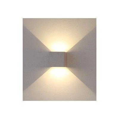 Image of   V-Tac 6W LED grå væglampe - Firkantet, justerbar spredning, IP65 udendørs, 230V, inkl. lyskilde - Kulør : Neutral, Dæmpbar : Ikke dæmpbar