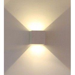 V-Tac 6W hvid væglampe - Firkantet, justerbar spredning, IP65, 230V