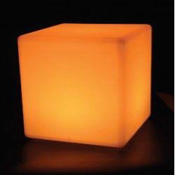 V-Tac RGB LED firkant - genopladelig med fjernbetjening, 40x40 cm